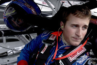 BUSCH: Kasey Kahne signs with Akins Motorsports