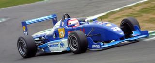 Van der Merwe gets round three pole at Snetterton