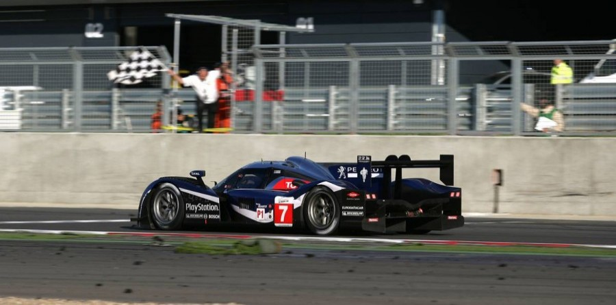 Peugeot wins the 6H battle at Silverstone