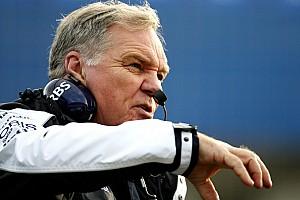Head 'won't wear Williams shirt' in 2012