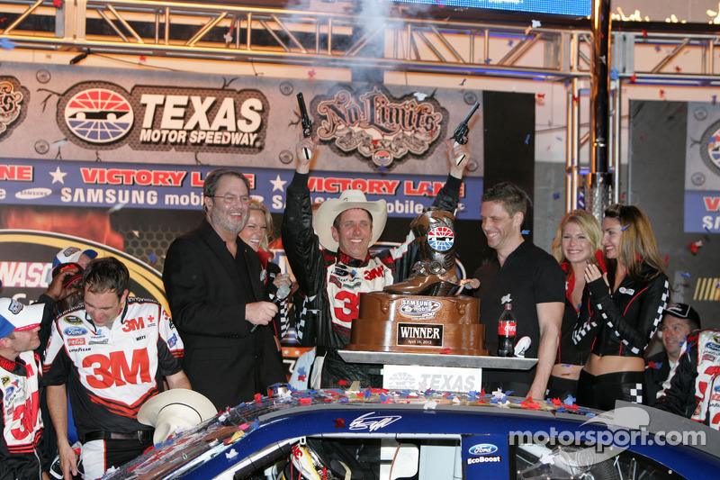 Texas winner, Biffle and team post-race press conference
