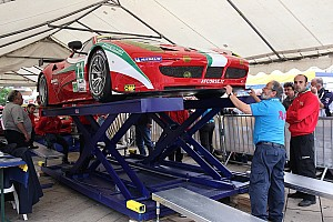 AF Corse Ferrari teams ready for the 24 hour challenge