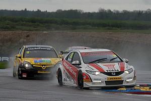 British Touring Car reaches half way stage at Croft