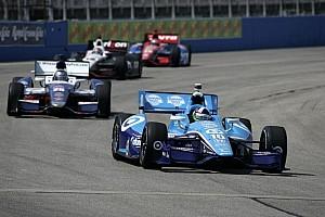 Dario Franchitti takes Iowa pole after final heat victory
