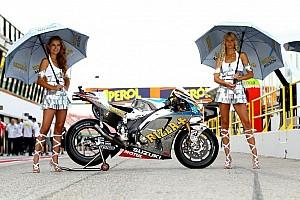 Moto GP Grid Girls - video