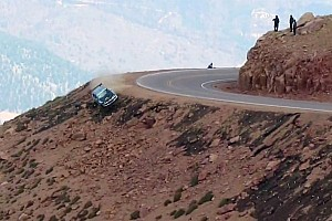 Jeremy Foley's nasty crash at Pikes Peak International Hill Climb 2012 - Video