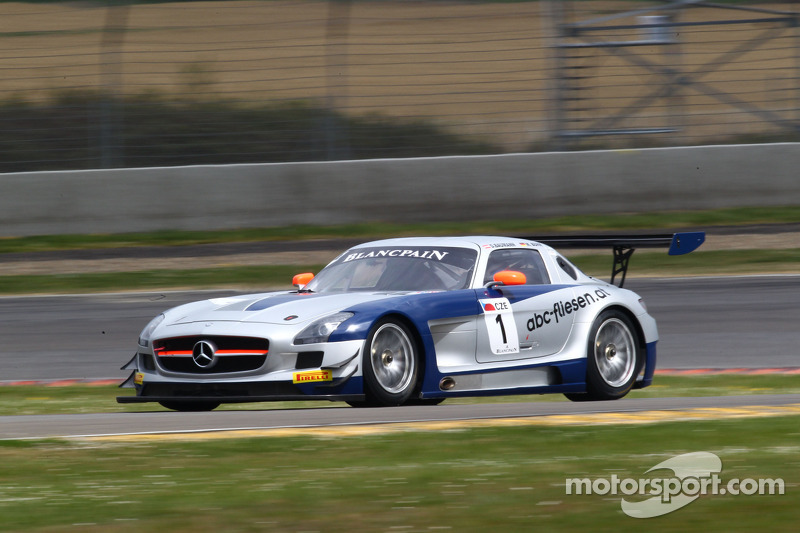 Heico Gravity-Charouz Mercedes grabs the limelight in Moscow FIA-GT3 qualifying