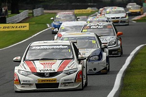 Neal leads pack heading to Rockingham ovals