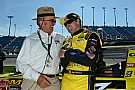 Stenhouse makes his 100th-career series start at Kentucky Speedway
