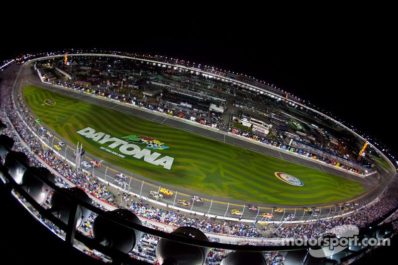 NASCAR announces 2013 Cup Series schedule