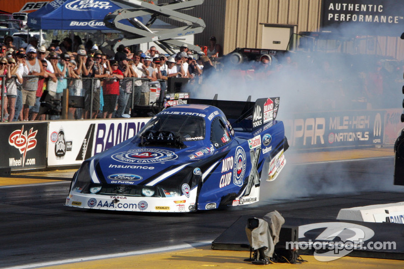 John Force Racing looking for a rally at Reading