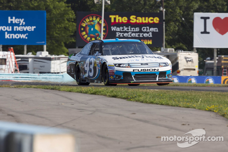 Richard Petty Motorsports to continue relationship with Ford Racing