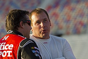 Stewart-Haas Racing restructures teams for 2013