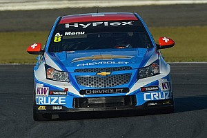 Menu claims the pole at Suzuka, gives Chevrolet manufacturers' title
