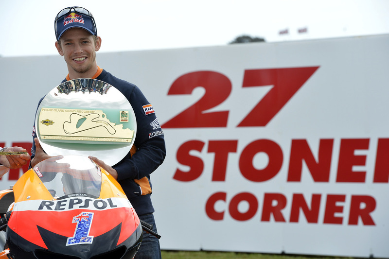 Stoner on pole as Pedrosa secures front row for Australian GP