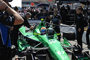 Sarah Fisher Hartman Racing renews technical partnership with Quaker for 2013