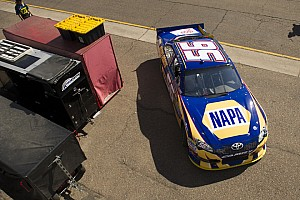 MWR dirver's have mixed qualifying results for Phoenix 500