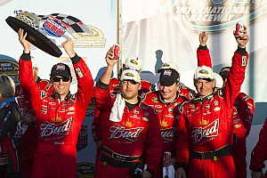 Harvick and team talk about the Phoenix 500