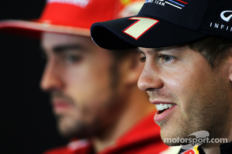 F1's US return clashes with Nascar finale