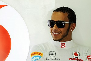 Hamilton to work with Mercedes before McLaren deal ends