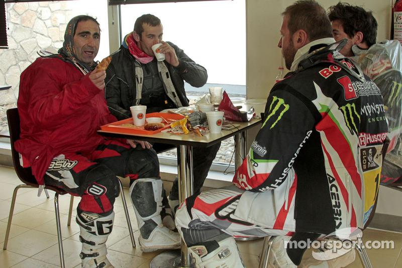 Rest day for the Husqvarna Rallye Team by Speedbrain