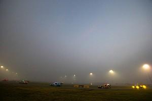 Fog slows down Rolex 24 at Daytona