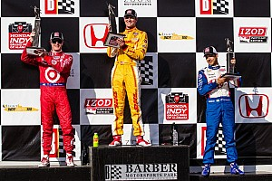 Hunter-Reay bounces back to score the win at Barber Motorsports Park