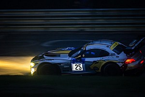 BMW drivers impress in the rain at Nürburgring six hour mark