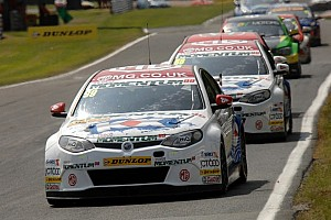 MG aim to keep up the Momentum at Croft
