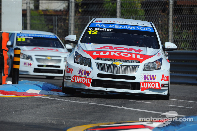 Front row lockout for RML in Porto