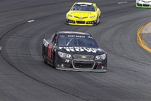 Spin out halts competitive run by Kurt Busch at New Hampshire