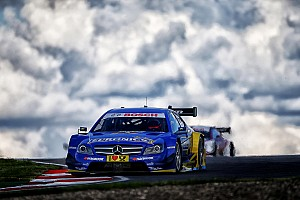 Mercedes' Paffett in top 5 at series premiere in Russia