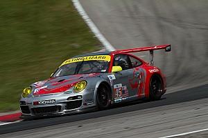 Flying Lizard Porsche top in GTC at Road America