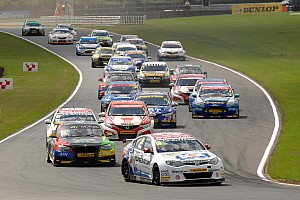 Front row lockout for MG at Rockingham