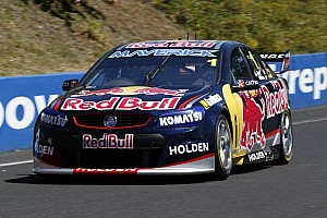 Whincup takes his first Bathurst 1000 pole