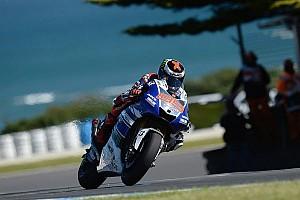 Lorenzo smashes lap record for pole in Philip Island