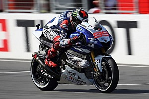 Lorenzo secures pole position at washed-out Motegi