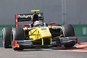 Race 1 at Abu Dhabi: Richelmi is out