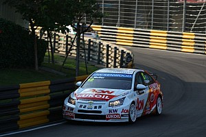 Muller and Huff finish on high notes at Macau