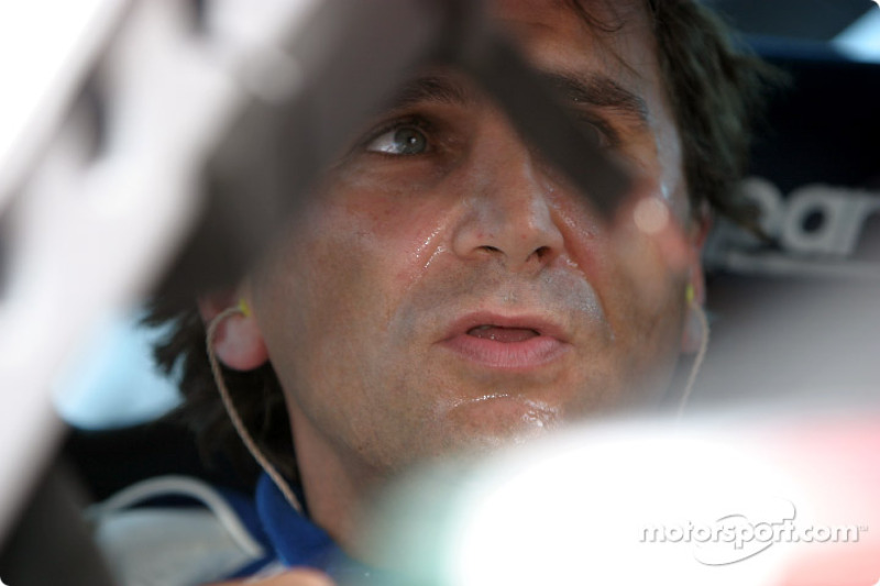 Zanardi is back on the racetrack !