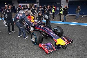 Mateschitz blames Renault, not team, for Red Bull crisis