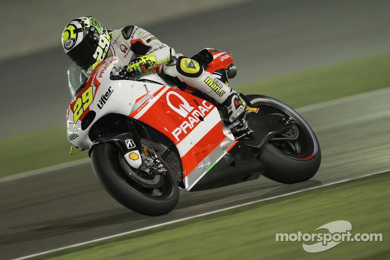 Incredible comeback for Iannone in Qatar