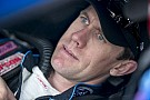 Late-race strategy puts Carl Edwards in the top 10