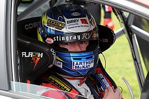 Shedden secures sensational victory in Race 2 at Thruxton