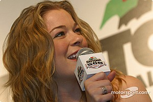 Grammy winner Rimes to sing national anthem at 98th Indy 500