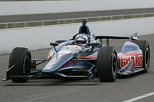 Rahal and Servia make progress during second day of Indy 500 practice