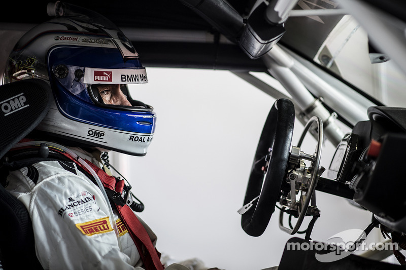 Alex Zanardi shines in return to Brands Hatch
