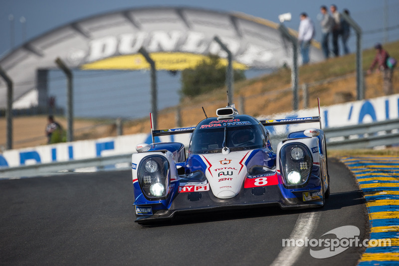 Toyota's Anthony Davidson tops free practice at Le Mans