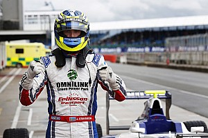 Eriksson holds off Lynn for first win in Silverstone