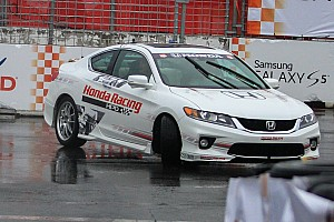 IndyCar race delayed: Pace car and Will Power lose control in wet conditions - video